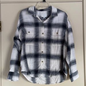 NWT! American Eagle White Grey Black Plaid Flannel